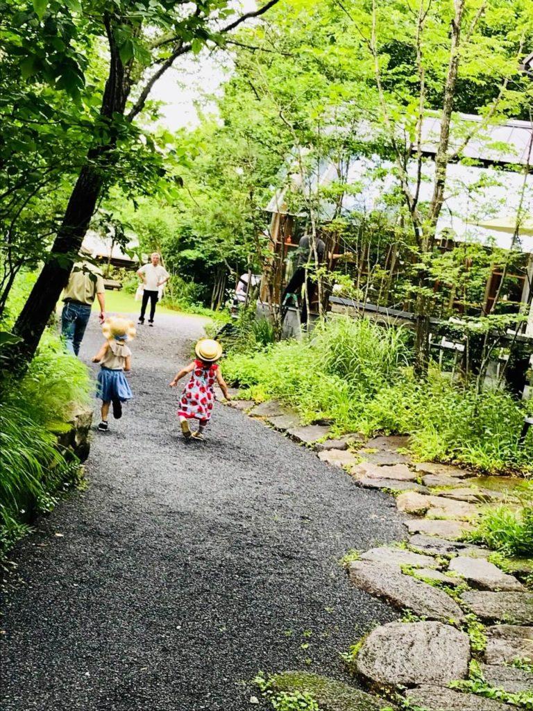 野間の森MIGIWA 庭